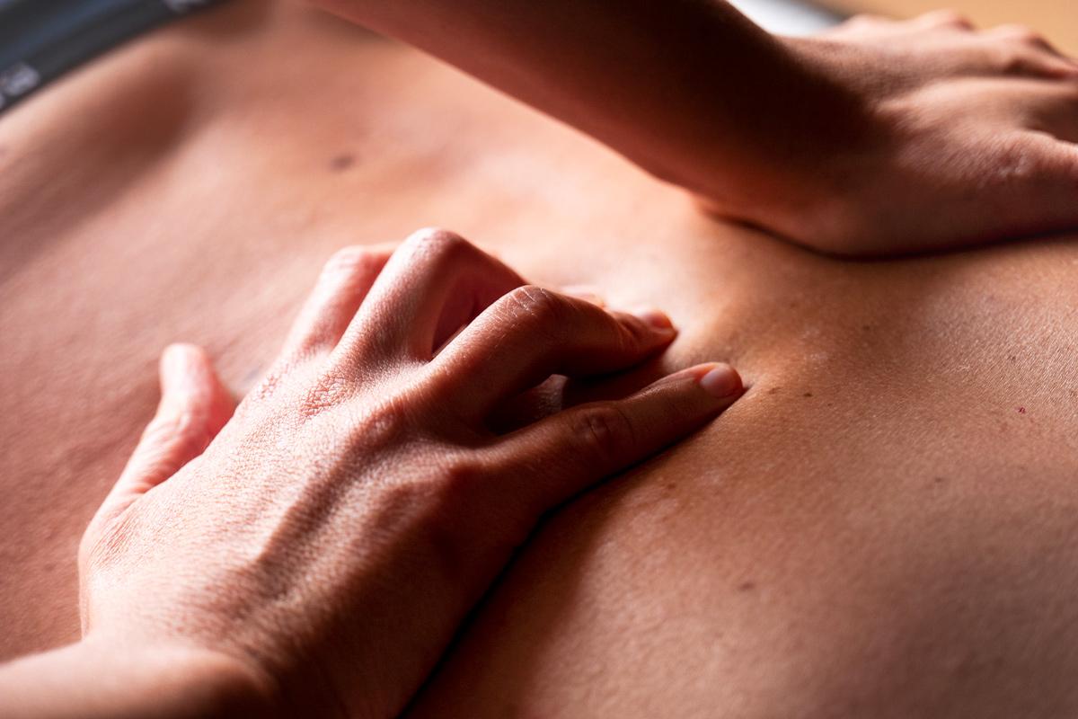 massaggi-centro-olistico-ego-benessere-centro-olistico-elisabetta-rodella-lanzo-torinese